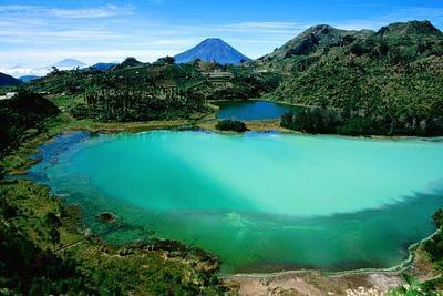 lake-dieng-plateau