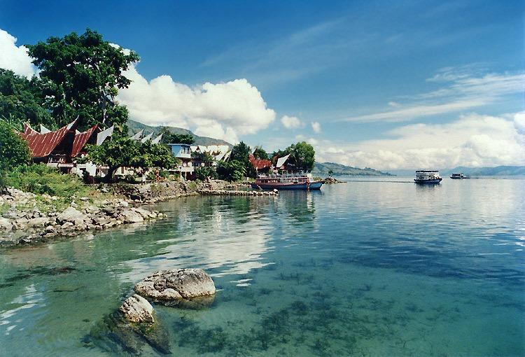 Tempat Wisata Legenda Indonesia