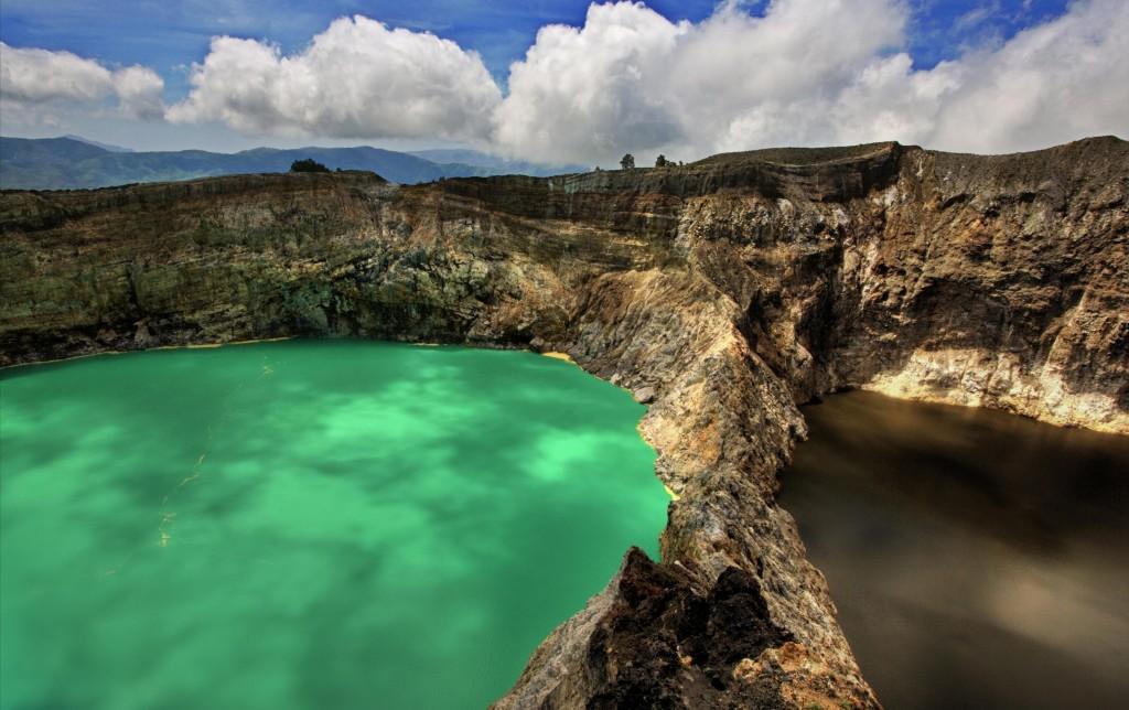 Colored Lakes, Mt Kelimutu